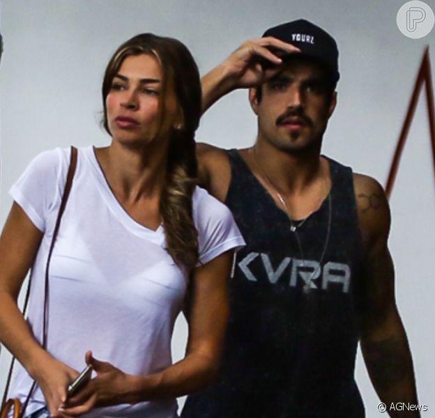 Grazi Massafera e Caio Castro posam juntos em foto pela 1ª vez nesta quinta-feira, dia 23 de abril de 2020