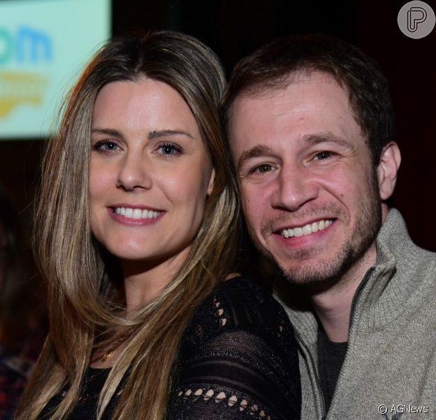 Tiago Leifert vibrou ao falar da gravidez da mulher, Daiana Garbin, 'Felicidade não cabe mais'