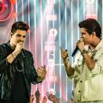 Breno e Caio Cesar, novo namorado de Munik Nunes, têm sucessos como 'Doideira' e 'Londres'
