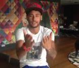 Neymar parabeniza Xuxa por aniversário de 25 anos de sua Fundação em vídeo
