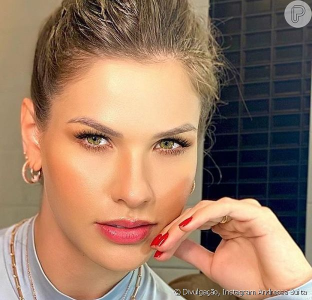Andressa Suita mostrou sua rotina de beleza neste domingo, 21 de junho de 2020