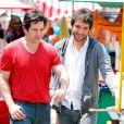 Jonas (Murilo Benício) e Davi (Humberto Carrão) se aproximam após saber que são pai e filho, em 'Geração Brasil'