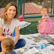 Patricia Abravanel estimula brincadeiras ao ar livre com filhos: 'Argila'