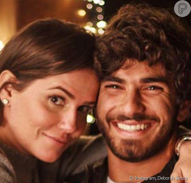 Deborah Secco nota melhora no casamento com Hugo Moura: 'Vou sair da quarentena mais apaixonada'