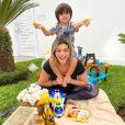 Kelly Key reage à crítica por foto com filho: 'O que passa na cabeça para ver maldade nessa cena'