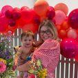 Marília Mendonça comemorou aniversário de 25 anos com o filho, Léo