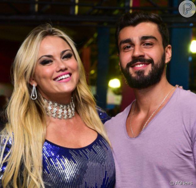 Ellen Rocche negou ter bloqueado Instagram pelo fim do noivado com o nutricionista Rogério Oliveira: 'Estava mexendo nas configurações e acabei trancando'
