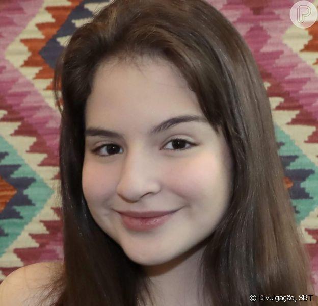 Sophia Valverde surgiu de biquíni em foto e web apontou: 'Poliana está diferente'