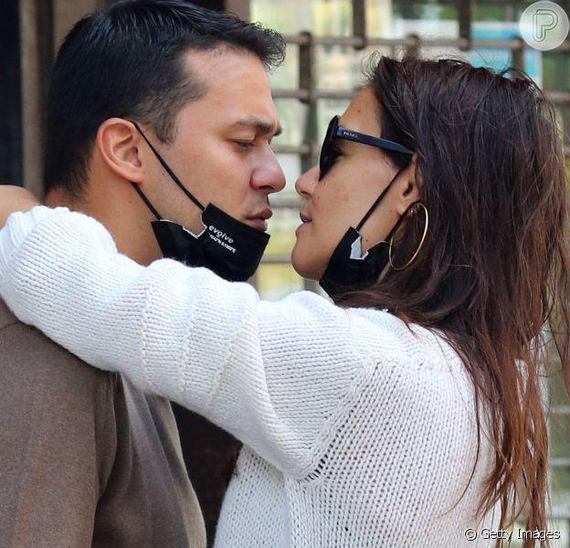Katie Holmes assume namoro comEmilio Vitolo Jr.