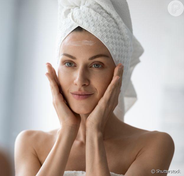 A massagem facial deve ser incluída na sua rotina de skincare