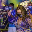 Simony vai puxar a bateria da Unidos do Peruche no carnaval de 2020 em SP