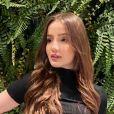 'Menina Fantasma' do SBT, Anna Livya Padilha mostrou resultado de lipo em sua rede social: ' Vocês viram como já está marcando a minha barriga? Estou mega feliz'