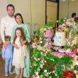 Simaria, o marido Vicente, e filhos estão na Espanha, terra natal do empresário