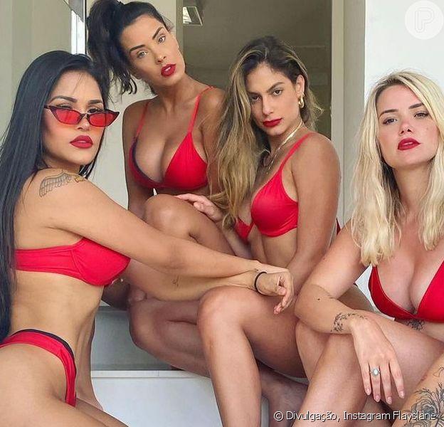 Flayslane, Ivy Moraes, Mari Gonzalez, Marcela Mcgowan e Bianca Andrade posaram juntas de biquíni vermelho