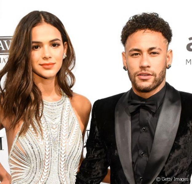 Neymar teria desarquivado todas as fotos com Bruna Marquezine e empolga a web