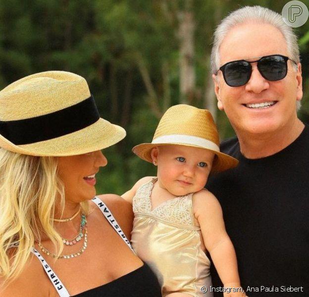 Ana Paula Siebert usou conjunto de R$ 9,6 mil em foto com marido e a filha