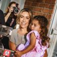 Filha de Patricia Abravanel, Jane, 3 anos, recebeu elogios em foto com a mãe: ' Lindas'