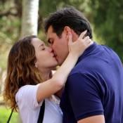 Novela 'Alto Astral': Marcos finge que salva Vicente e faz Laura reatar noivado