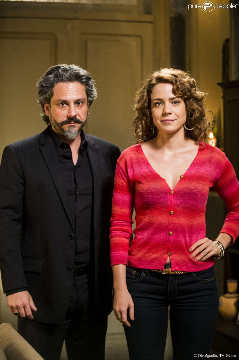 'Império': Antes de 'morrer', José Alfredo entrega procuração a Cristina para que ela seja sua sucessora na empresa