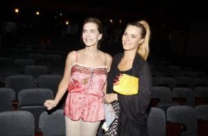 Carolina Dieckmann e o marido prestigiam estreia da peça de Maitê Proença no Rio