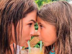 Tal mãe, tal filha! Deborah Secco e Maria Flor usam look iguais e encantam a web