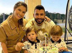 Vida de casal! Andressa Suita mostra Gusttavo Lima na cama e filhos roubam a cena
