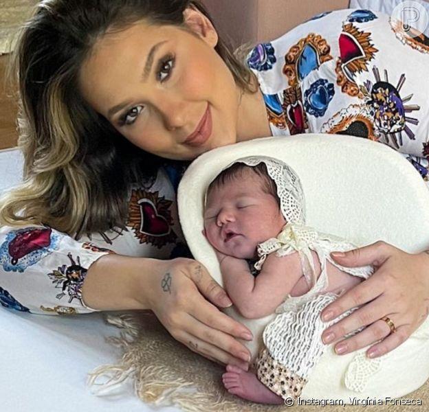 Virgínia Fonseca posa com a filha, Maria Alice, em ensaio newborn