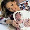 Virgínia Fonseca fica surpresa com reação da filha às primeiras vacinas: 'Guerreirinha'