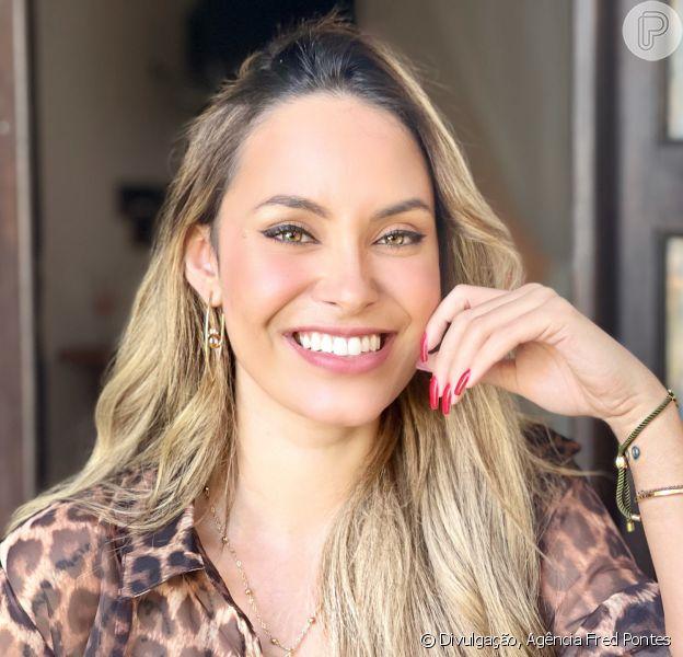 A ex-BBB Sarah Andrade comemorou 30 anos com janar intimista à beira-mar no Kauara Hotel, em Arraial d'Ajuda, na Bahia, nesta terça-feira, 22 de junho de 2021