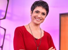 Sandra Annenberg chega de Fusca para ser vacinada e agita web: 'Zerou! Foi vacinar de Fuscão'