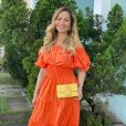 Solange Almeida, de 46 anos, recebeu elogios por foto sem make