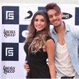 Lucas Lucco recebeu Ana Paula Guedes, bailarina do 'Domingão do Faustão', no seu camarim antes de show realizado nesta quinta-feira, 20 de novembro de 2014
