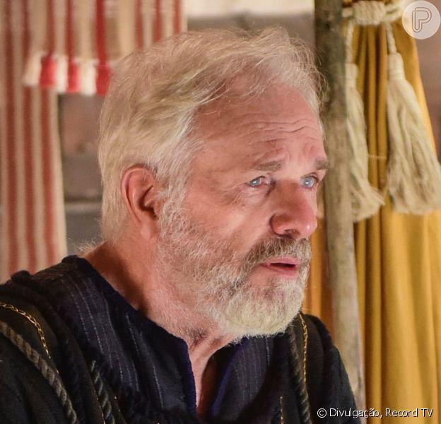 Novela 'Gênesis': Isaque (Henri Pagnoncelli) morre após rever filho Jacó (Miguel Coelho)
