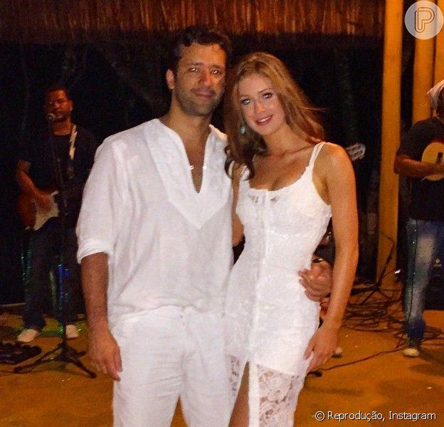 Marina Ruy Barbosa curte alguns dias de descanso em Trancoso, na Bahia, na companhia do namorado, Caio Nabuco