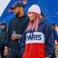 Leticia Bufoni foi para competição de skate em Paris e foi prestigiada por Neymar