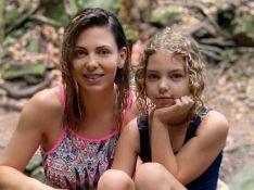 Sheila Mello ironiza em vídeo com travessuras da filha, Brenda: 'Menina é tranquilo'