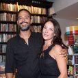 Carolina Ferraz não esconde a paixão que tem pelo marido, Marcelo Marins