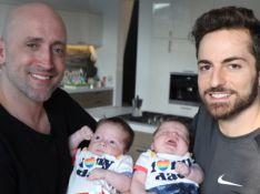 Thales Bretas posta foto dos filhos abraçados no Dia do Irmão: 'Vão se amar sempre'