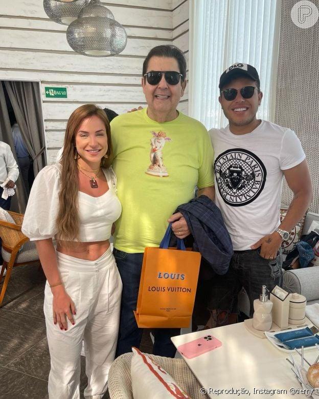 Gabi Martins e Tierry tietam Faustão em Dubai
