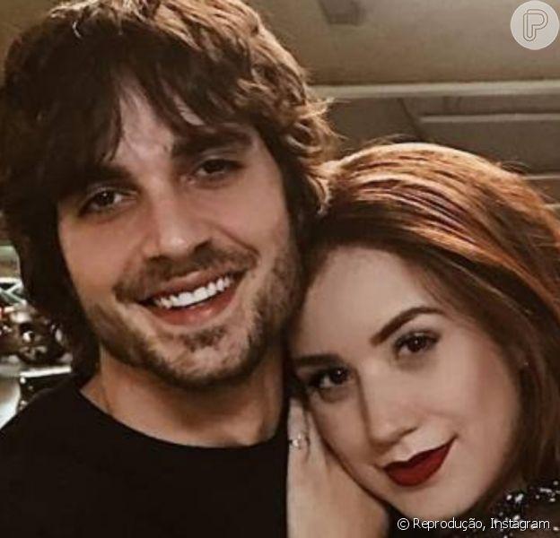 Fiuk assumiu oficialmente o namoro com Thaisa Carvalho