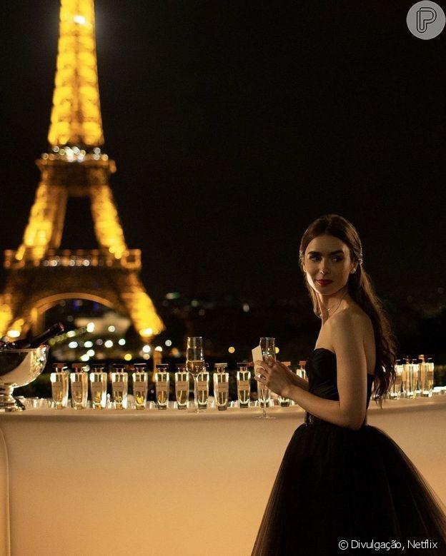 Penteados de 'Emily In Paris': semi preso simples é inspiração