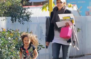 Halle Berry ganha na Justiça e ex não pode alisar os cabelos cacheados da filha
