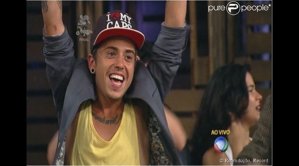 DH, o Diego Silveira, vocalista da banda Cine, foi o grande vencedor da sétima edição de 'A Fazenda', que chegou ao fim na última quarta-feira