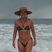 Bruna Lombardi posta foto de biquíni e surpreende com boa forma aos 62 anos