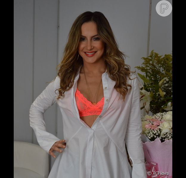 Claudia Leitte recebeu R$ 700 mil para cantar no Réveillon de Salvador