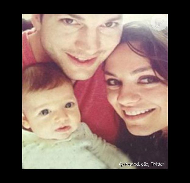 Ashton Kutcher e Mila Kunis aparecem pela primeira vez em fotos com a filha Wyatt Isabelle