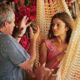 Na TV, Grazi Massafera era orientada pelo diretor Jayme Monjardim em 'Flor do Caribe'