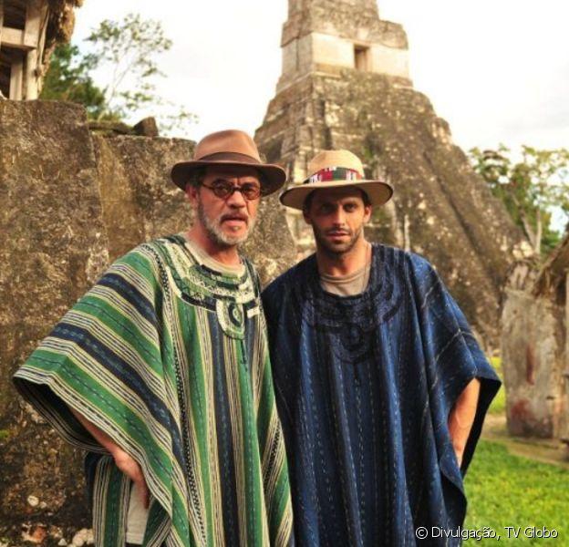 Na novela 'Flor do Caribe', Duque (Jean Pierre Noher) e Cassiano (Henri Castelli) vão fugir da cadeia