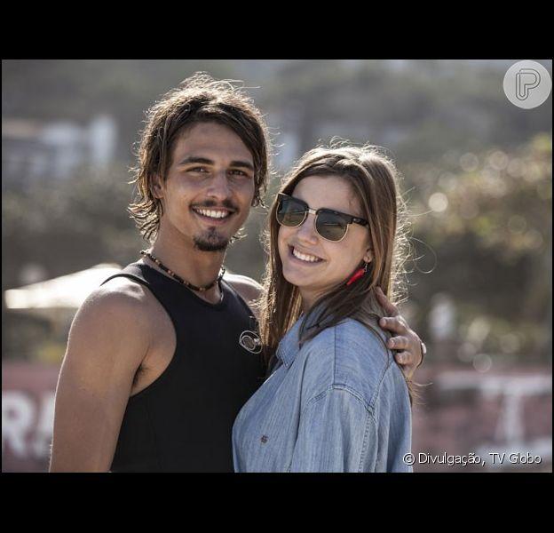 'Boogie Oogie': Dani (Alice Wegmann) e Rodrigo (Brenno Leone) decidem se casar