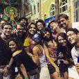 Carol Castro compartilhou foto onde aparece curtindo o Carnaval no Recife: 'Noite feliz'